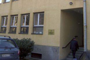 Судство у Чачку: Споменуо Вучића па осуђен (фото)