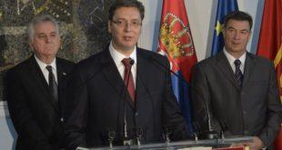 Македонију дестабилизују твоји велики пријатељи Меркел и Рама олошу један шиптарски!
