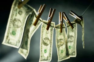 """Бошко Обрадовић оптужио је водеће банке у земљи да """"перу прљаве мафијашке паре стечене трговином дрогом"""""""