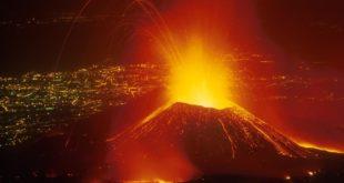 ПАНИКА: Прорадио вулкан Етна! 8