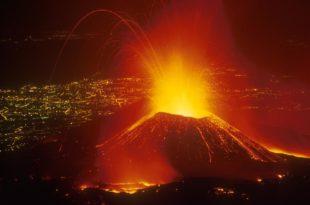 ПАНИКА: Прорадио вулкан Етна!