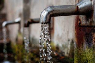 Аларм: Битка за воду почиње, а 64 града у Србији пије ризичну чесмовачу