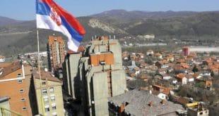 Косовска Митровица: Двојица Албанаца са фантомкама ножевима напали и ранили Србина 5