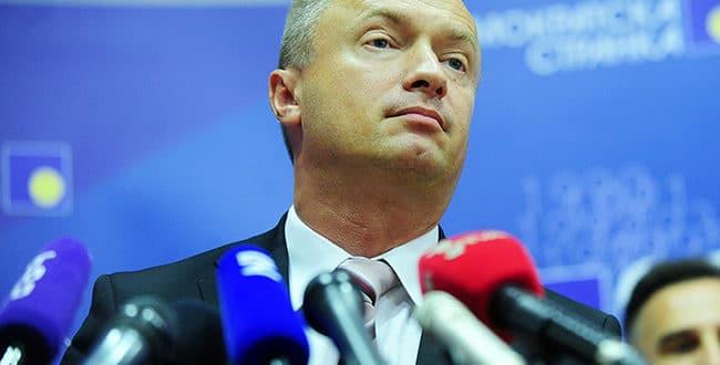 Пајтић: Опозиција останком у Скупштини даје легитимитет Вучићевом режиму и алиби ЕУ и САД 1