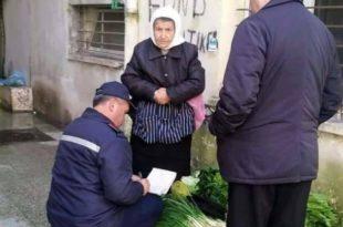 ФОТОГРАФИЈА РАЗБЕСНЕЛА СРБИЈУ! Комуналци пишу казну баби која продаје лук да преживи!