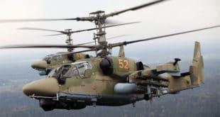 """Погледајте како руски хеликоптери Ка-52 """"одстрељују"""" оклопну технику Исламске државе (видео)"""