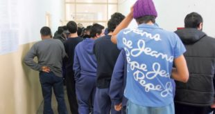 ХОРОР У ОБРЕНОВЦУ Мигрант сексуално злостављао дечака (13)