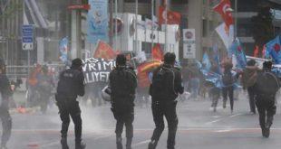 Ердоган забранио првомајску шетњу: Полиција разбила поворку (видео) 3