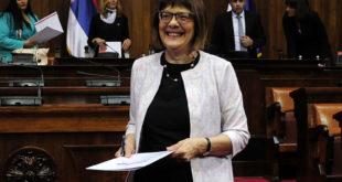 Србија колективно да се самоубије када је дозволила да јој ти СПОДОБО будеш председник Скупштине!