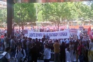 """Чајетинци и Златиборци пред Владом: """"Кад би ви отворили, дозволу би добили"""", """"Кад изгубите власт, тражићете спас"""""""