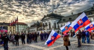 Словачка покренула питање изласка из НАТО-а