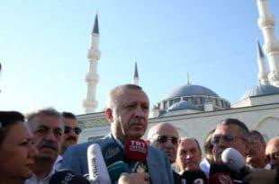 Ердоган се онесвестио у џамији