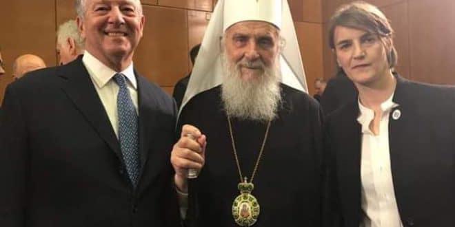 СУРОВА ИСТИНА! Народ не воли патријарха Иринеја јер се улизује политичарима и Ватикану!