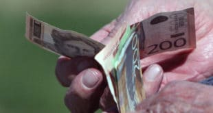 Просечна нето плата у мају 47.136 динара, мања 4,5 одсто