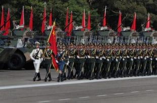 Председник Кине Сји Ђинпинг на великој војној паради у Хонгконгу (фото, видео) 9