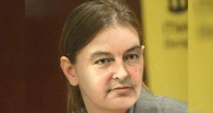 Двоглави фикус-премијер Србије