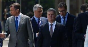 ''Отаџбина'': Вучић ''зна'' географију једино кaд Шиптарима прави државу на српској територији 16