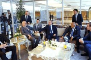 Погледајте како Еди Рама и Ердоган подјебавају Вучића који блеји као теле у шарена врата!