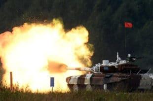 Русија: Међународне армијске игре - тенковски биатлон (видео)