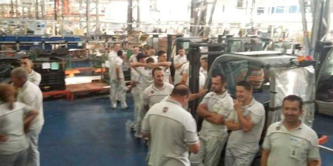 Раднике Фијата у Крагујевцу узнемириле вести о продужењу плаћеног одсуства 1