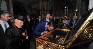 Опет великоиздајниче поганиш српске светиње? Марш код Лутера па тамо балави кивот изроде! 12
