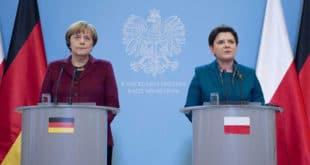 """Премијерка Пољске """"оплела"""" по Меркеловој 7"""