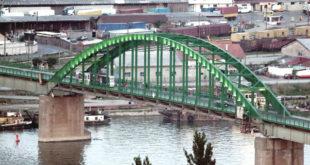 Премештање моста због Београда на води