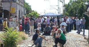 НЕМАЧКИ МЕДИЈИ: Србију чека велика радничка побуна обесправљених радника! 2
