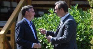 Укинули сте референдум Французима и Холанђанима и сад српским индијанцима продајете ЕУ демократију?! 7