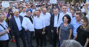 Немачки медији: Жалосне сове српске опозиције 3