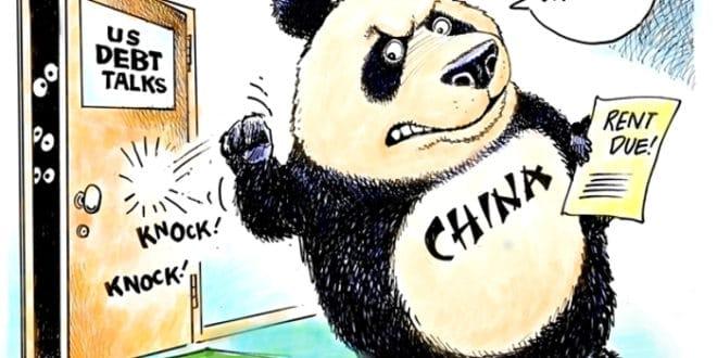 Пекинг може кренути у распродају до $700 милијарди државних дугова САД које држи 1