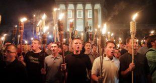 Бели амерички националисти протестују у Вирџинији, уведено ванредно стање! (видео)