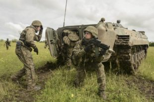 Бугарска војска на НАТО вежби одбила да пуца у мете које личе на Русе 10