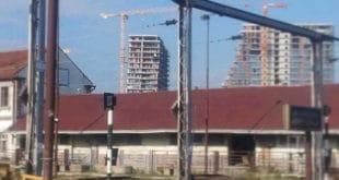 АКЦИЈА! Будите кум Вучићевом кривом торњу у Београду на води 8
