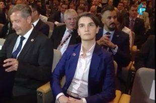 Мариника Тепић пита премијерку да ли је била носилац листе и ко је гласао за њу?