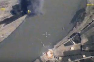 """РЕКА ЈЕ ГОРЕЛА: Руска авијација на Еуфрату потопила """"ратну флоту"""" Исламске државе (видео)"""