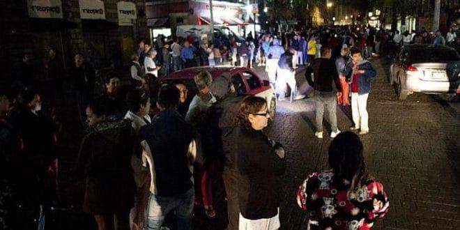 """Мексико за ноћ погодила 63 земљотреса, """"најјачи у веку"""" 1"""
