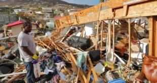 """Ураган Марија пустоши Карибе: """"Реците свету да је Доминика уништена"""""""