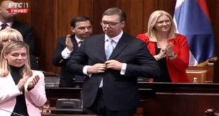 План Александра Вучића је промена устава; скупштина да бира председника, а он се враћа на место премијера