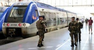 Терористички напад у Марсеју: Мушкарац убио ножем 2 жене 5