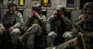 ВОЈНИЦИ НАТО ОЧАЈНИ: Руси нас месецима малтретирају, кријемо телефоне у кондомима!