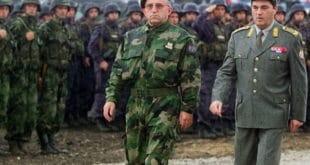 ГЕНЕРАЛ ЛАЗАРЕВИЋ ОТКРИВА: Када је после 5. октобра почело растурање војске, Коштуници сам рекао… 4