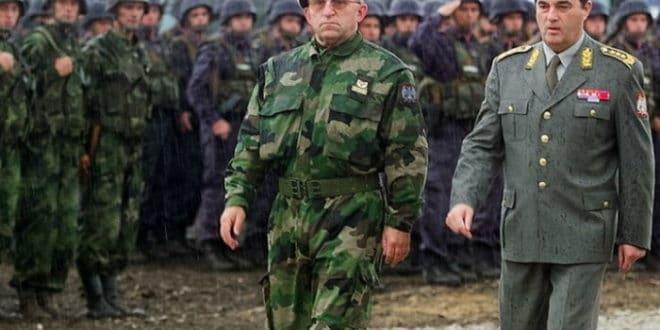 ГЕНЕРАЛ ЛАЗАРЕВИЋ ОТКРИВА: Када је после 5. октобра почело растурање војске, Коштуници сам рекао…