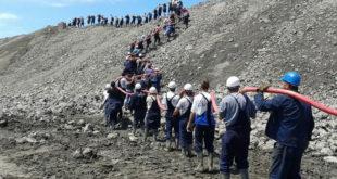 """Србијом владају ИДИОТИ, рудари """"Колубаре"""" ће да вам сруше зграду владе мајмуни једни! 11"""