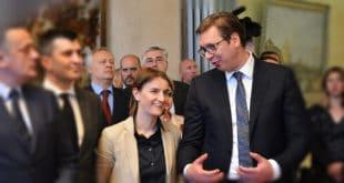 А од Вучића и Брнабићке два милиона евра! Албанија званично покреће акцију за признавање Косова