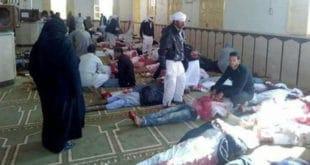 МАСАКР У ЕГИПТУ: Терористи побили 184 људи на молитви (видео)
