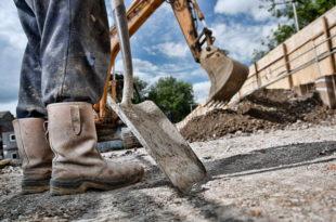 Радник на нишкој деопонији пребио шефа лопатом јер му је за казну смањио плату 10 одсто