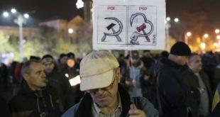 Црвена куга: Хиљаде протестују на улицама Букурешта 6