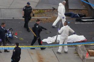 Исламска држава извела напад у срцу Њујорка, осам мртвих и десетине повређених