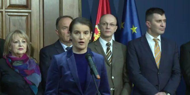 Нисте ви само непријатељ медија, ви сте непријатељ читаве Србије!